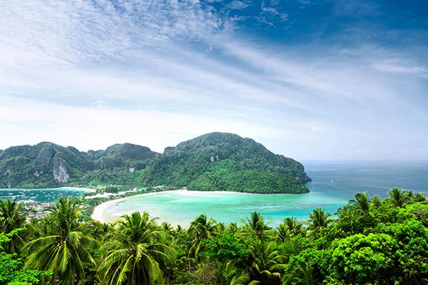 Vẻ đẹp nên thơ của biển Nha Trang
