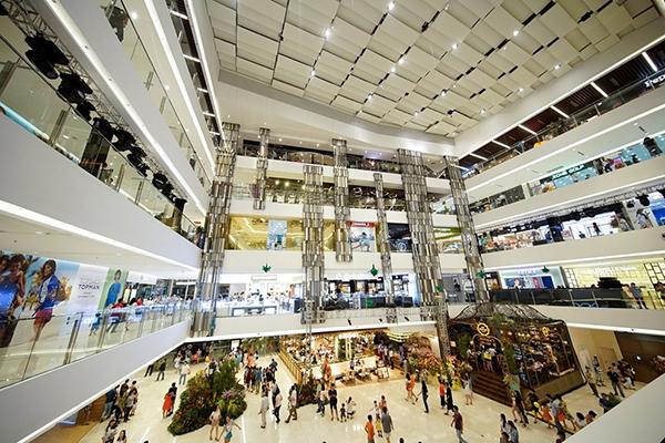 Trung tâm Thương mại Takashimaya Nhật Bản