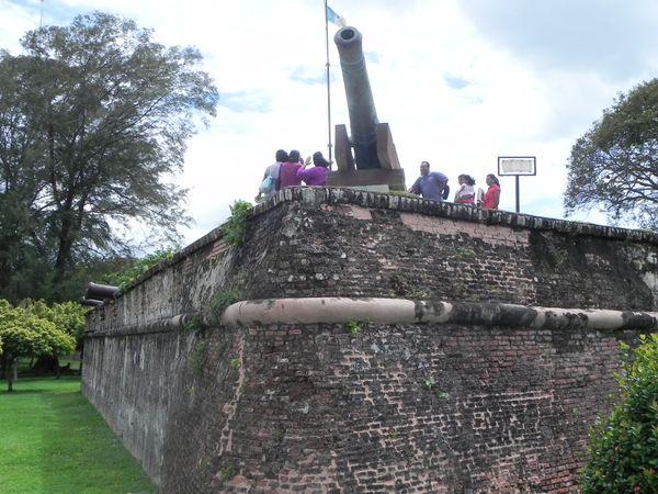 Pháo đài Cornwallis và tháp đồng hồ
