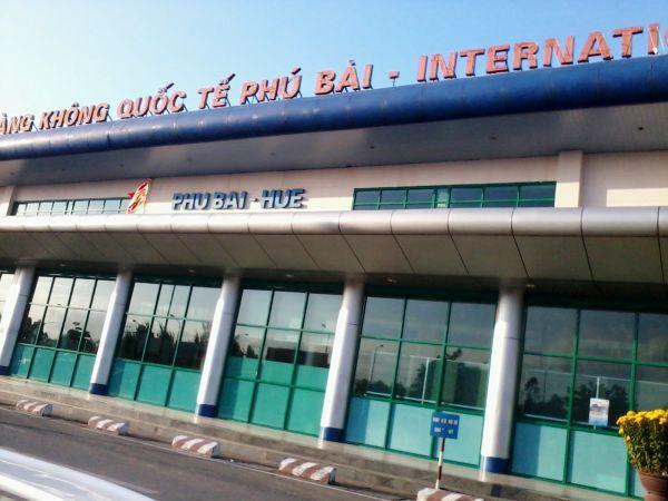 Cảng hàng không Phú Bài