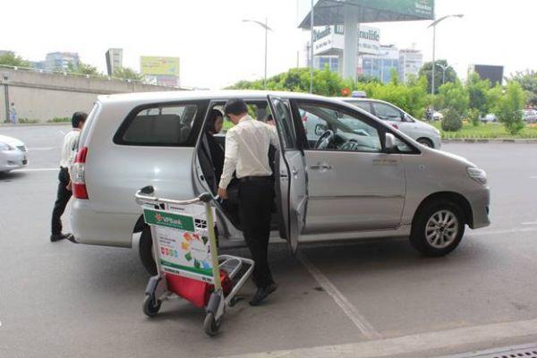 Xe đưa đón tại sân bay