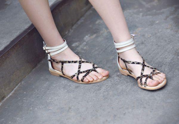 Dép tông và sandals