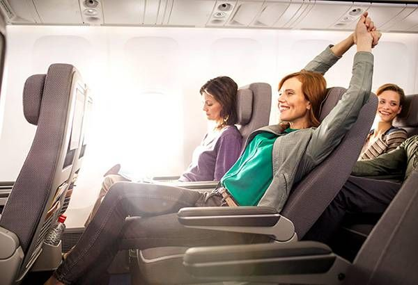 Ngồi yên một chỗ từ lúc cất cánh đến khi hạ cánh