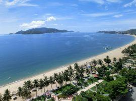 Vé máy bay từ Sài Gòn đi Nha Trang giá bao nhiêu?