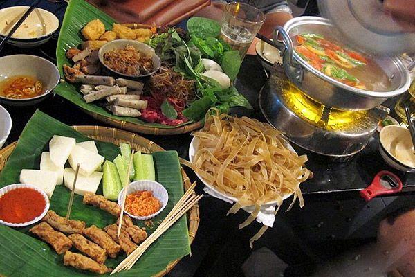 Ăn uống ở Sài Gòn