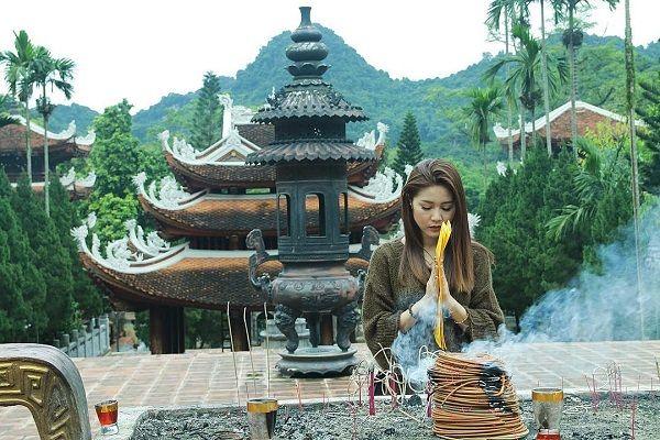 Làng cổ Đường Lâm là một trong số ít những ngôi làng hiện còn giữ được vẻ đẹp nguyên sơ