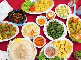"""""""Điểm danh"""" top 9 những món ăn trưa ngon ở Sài Gòn"""